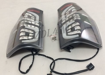 Balck Left And Right Tail Lights / LED Truck Rear Tail Lamp For  Ranger